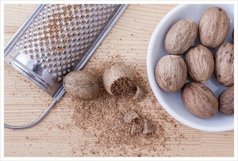 make nutmeg syrup
